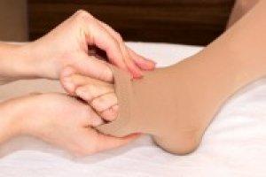 kompressziós harisnya visszerek esetén mennyit kell viselni visszér kezelés kenőcsökkel
