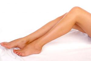 mennyibe kerül a lábakon lévő visszerek kezelése a visszérről és a tromboflebitisről szól