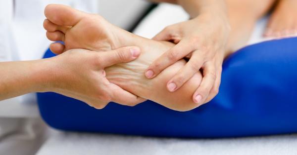 Törölje le a lábát ecettel a visszér ellen. Almaecet kezelése varikozusok esetén